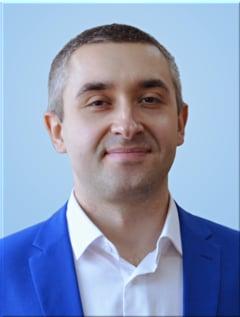 Роман Бандурин